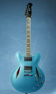Dave Grohl Gibson 335 - Pinterest