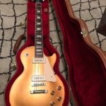 Buddy Guy joue sur Les Paul Goldtop