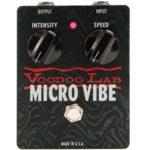 John Butler joue avec une Microvibe Voodoo Lab