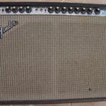 SRV se sert d'un Fender Twin Reverb Silverface