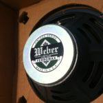 Derek Trucks joue avec un Weber Vintage