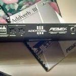 Tony Iommi joue avec un Peavey Addverb III