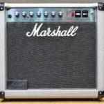 Iommi utilise un Marshall 2554