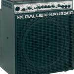 Knopfler joue avec un ampli Gallien Krueger