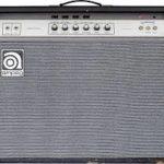 Gallagher joue sur Ampeg VT 22