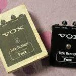 Asheton joue avec un Tonebender Vox