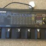 Krieger joue avec un Boss ME-10 - ebay