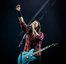 Dave Grohl 2- wikipedia