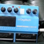 Frusciante joue avec une PDS 1002 Digital