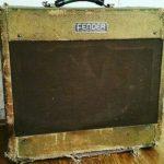 Mike Campbell joue avec un Fender Deluxe 1954 - ebay