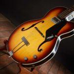 Mike Campbell joue avce une Gretsch 6186 Clipper - instruments de musique