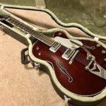 Mike Campbell joue avec une Gretsch G6119-1962HT Chet Atkins-ebay