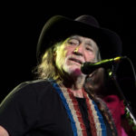 Willie_Nelson_2009-wikipedia